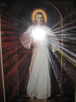 Divine Mercy BW