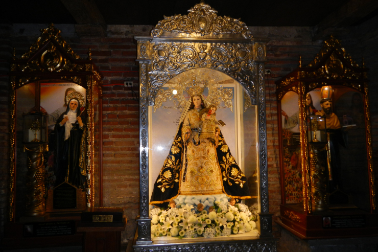 Our Lady of Consolation (cropped) -- By Ramon FVelasquez (Own work) [CC BY-SA 3.0], via Wikimedia Commons