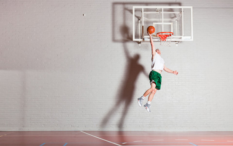basketball-boy-layup-featured-w480x300