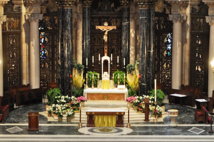 Cathedral of St. Paul Altar (St. Paul, MN; Archdiocesan Photo)