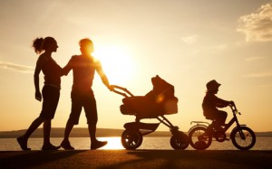 family-silhouette-featured-w480x300