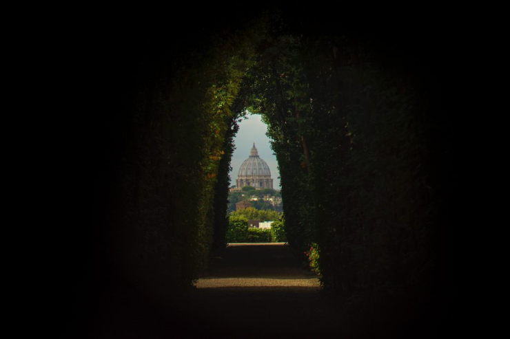 keyhole-rome-featured-w740x493