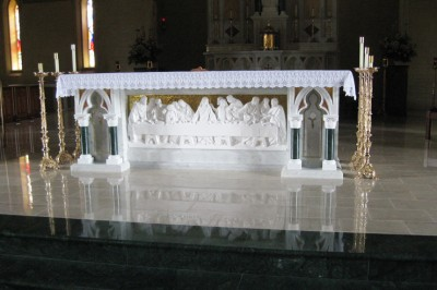 last-supper-altar-front-featured-w740x493