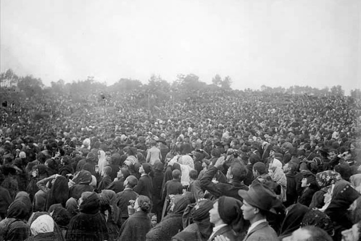 The Miracle of the Sun at Fatima - October 13, 1917