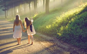mother-and-daughter-walking-featured-w480x300