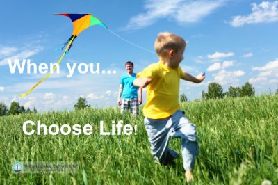when-you-choose-life-dad-son-kite-featured-w740x493